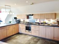 3 bed Apartment in Elizabeth Jennings Way...