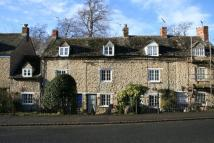 Terraced house to rent in Manor Road, Woodstock