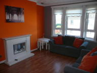 2 bedroom Flat in Lochlibo Ave, Glasgow