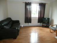 Flat to rent in Howth Drive, Glasgow