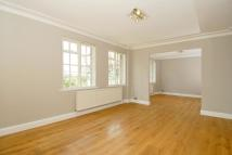 3 bed Flat in Maida Vale, London, W9