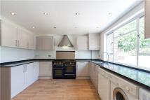 4 bed semi detached home in Northwick Terrace...