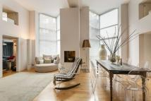 2 bed Flat for sale in HALL ROAD, London, NW8
