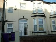Flat to rent in Flat 3 Wellfield Road...