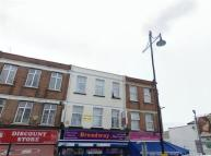 5 bedroom Apartment in The Broadway, Southall