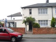 4 bed property to rent in Almond Avenue, Ealing