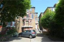 Apartment to rent in Mattock Lane, Ealing
