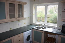 Ground Flat to rent in Berwyn Road, London