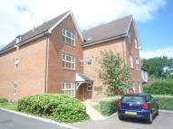 Flat to rent in Leacroft, East Grinstead