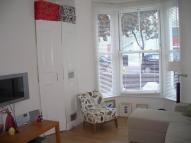 Flat in Drayton Park, London