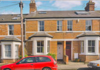 Terraced property to rent in Boulter Street, Oxford