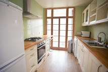 3 bed Flat to rent in Vermont Road, London