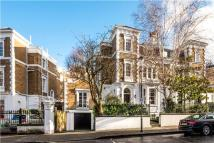 7 bedroom property in Lansdowne Crescent...