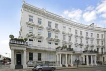 2 bed property to rent in St Stephens Crescent...