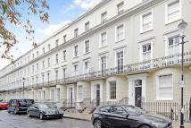 4 bed home in Norland Square, London...