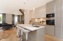 3 bed property in Bristol Gardens, London...