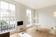 Flat in Ledbury Road, London, W11