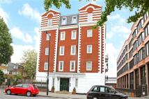 Flat to rent in Waterdale Manor, NW1