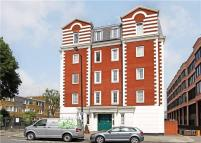 2 bed Flat to rent in Waterdale Manor, London...