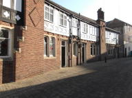 property to rent in Sessions House Yard,