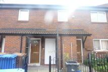 2 bedroom Flat in Owenington Grove...