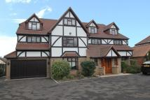 7 bedroom Detached home in Manor Road, Chigwell