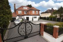 6 bed Detached home for sale in Hainault Road, Chigwell
