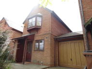 3 bedroom semi detached house to rent in MEADOW CLOSE, Nottingham...