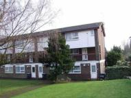 2 bedroom Maisonette in Railway Approach...