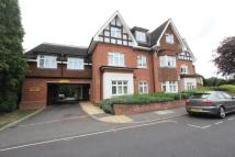 Flat to rent in Maypole Road...