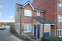 Maisonette for sale in Bolton Road, Crawley...