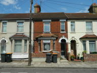 4 bedroom Terraced house in Aspley Road, Bedford...