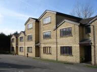 2 bed Apartment in Coleridge Road, Oldham...