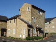 Duplex in Telford Mews, Uppermill...