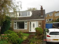 3 bed semi detached property to rent in Carr House Road...