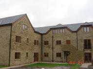 2 bedroom Apartment to rent in Hanover Street, Mossley...