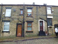 Terraced home to rent in CROSS STREET...