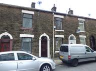 2 bed Terraced property in Thomas Street, Oldham...