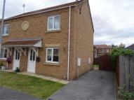 2 bed semi detached house to rent in Post Mill Close...