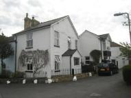 property in Avenue Road, Bovey Tracey