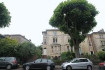 2 bed Flat to rent in Chertsey Road, Clifton...