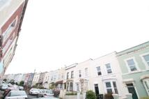 Terraced home to rent in Stevens Crescent...