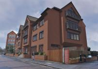 Studio apartment to rent in Medway Wharf Road...