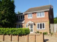 4 bedroom Detached house to rent in Plaxtol