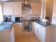 2 bed Terraced house in Old Road...