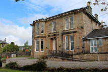 Detached Villa to rent in  2 West Abercromby...