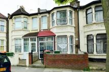5 bed home in Jedburgh Road, Plaistow...