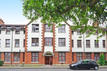 Flat to rent in Brading Crescent...