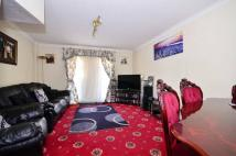 2 bed property for sale in Gwendoline Avenue...