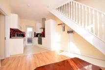 Chesterton Terrace Flat to rent